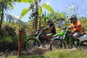 bali-dirt-bike-tour on our motorcross bikes thorugh Bali's jungles