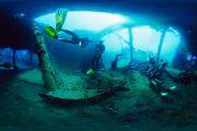 scuba diving in bali at tulamben wreck site